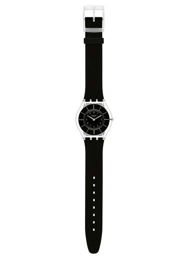 Swatch SFK361 Silikon Kayışlı Bayan Saati Siyah